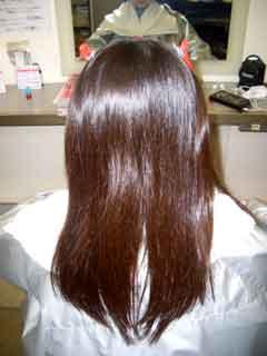髪の毛の色